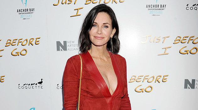 Courteney Cox short hair