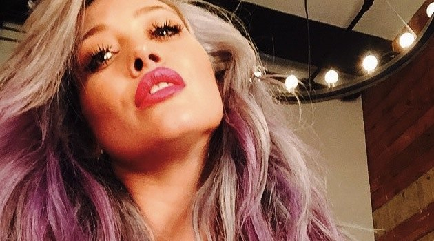 Hilary Duff lavender color hair