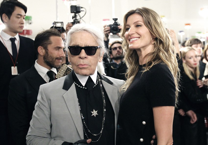 Karl Lagerfeld and Gisele Bündchen Chanel Resort Collection 2016 Seoul