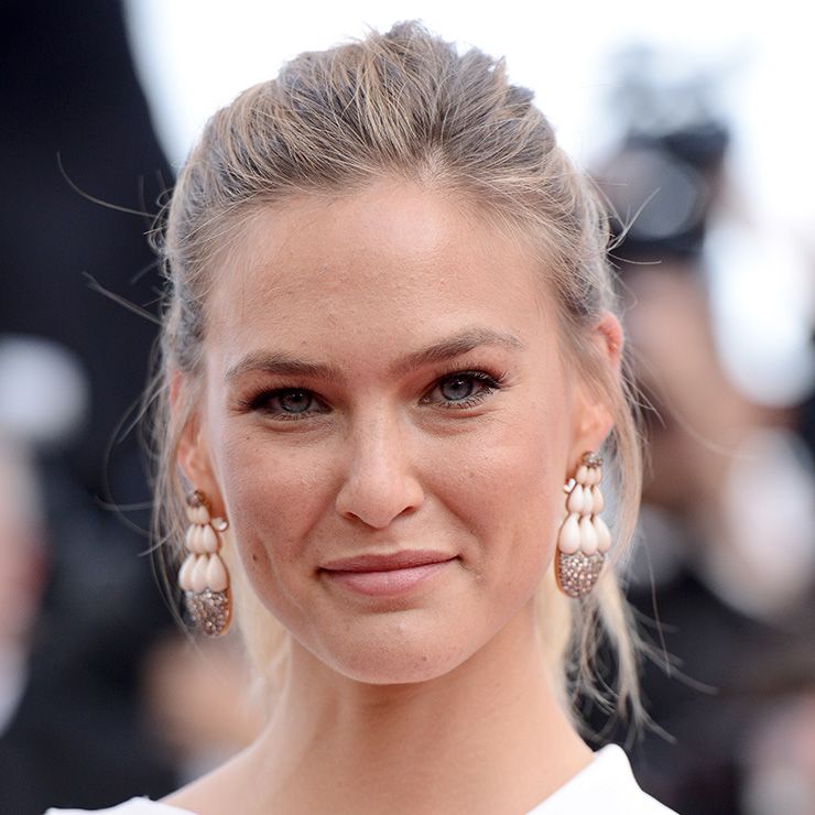 Bar Refaeli Cannes 2015