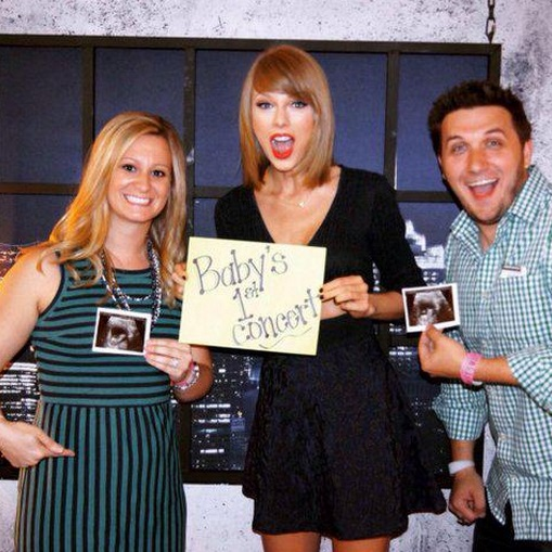 Taylor Swift announce fan pregnancy