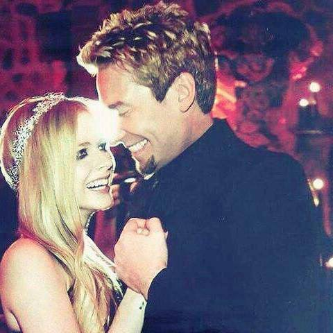 Avril Lavigne and Chad Kroeger divorce