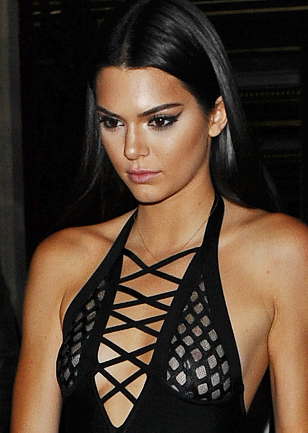 Kendall Jenner bared her breasts