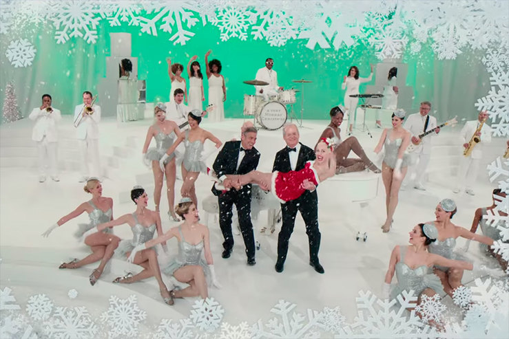 George Clooney, Bill Murray and dressed Miley Cyrus Christmas video