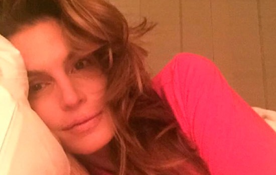 The 50-year-old Cindy Crawford has shown a no makeup ...