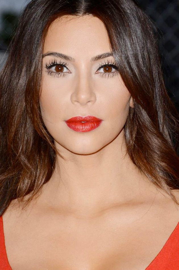 15 Celebrities Who Wear Dark Lipstick Ideas For New Year